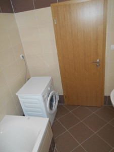 trojská menší byt 008