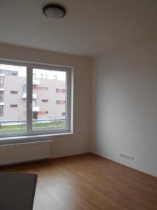 trojská menší byt 011